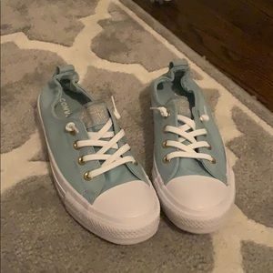NWT Blue/ turquoise converse